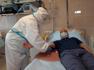 "Центр Гамалеи начал испытания на добровольцах вакцины ""Спутник Лайт"""