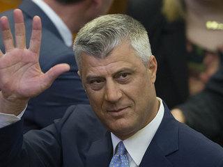 Лидер Косова уходит с поста из-за обвинений в убийствах и пытках