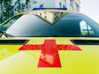 Сорвался со скалы: турист из Подмосковья доставлен в больницу Мурманска