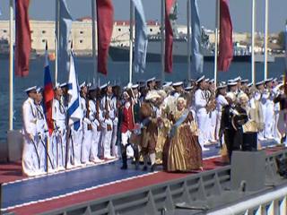 """Новости на """"России 24"""". На параде в Севастополе моряки показали эпизоды боевой выучки"""