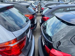 Склады опустели: продажи машин в России впервые выросли за время пандемии