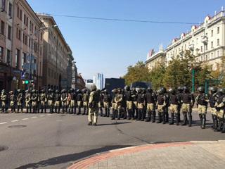 В Минске задержан корреспондент ТАСС, ОМОН блокировал протестующих