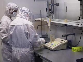 """Вакцина """"ЭпиВакКорона"""" поступит в оборот 1 января 2021 года"""
