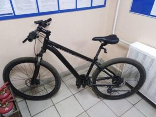 Житель Нерехты перекрасил украденный велосипед и подарил жене