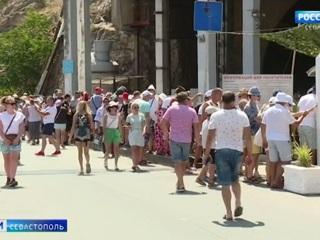 С начала года в Крыму отдохнули более 5 миллионов туристов