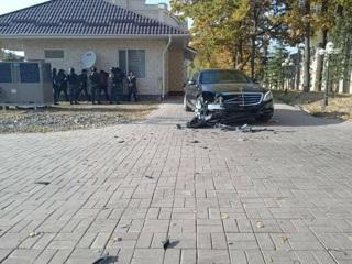 Сыновей Атамбаева отпустили после допроса