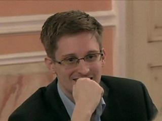 Эдвард Сноуден впервые станет отцом в России