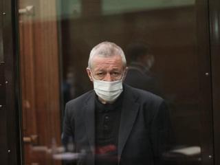 ДТП с Ефремовым: вдова Захарова получила покаянное письмо от актера