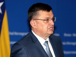 Премьер Боснии и Герцеговины подхватил коронавирус