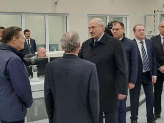 """Лукашенко предложил Лихачеву создать белорусскую """"дочку"""""""