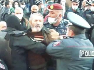 Собкор ВГТРК в Армении: у оппозиции нет идей, кроме отставки Пашиняна
