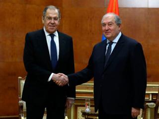 Лавров встретился с президентом, премьером и главой МИД Армении