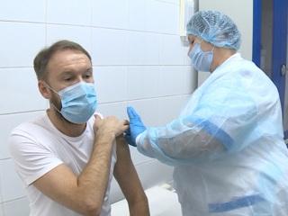 Роспотребнадзор сделал заявление об ЭпиВакКороне и тестах на ВИЧ