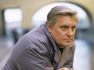 Олег Басилашвили лежит в палате вместе с женой