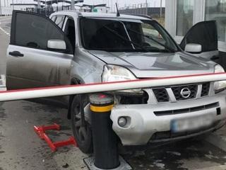 Житель Украины попытался штурмом взять КПП на границе с Крымом