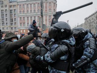 Песков: 23 января правоохранители пытались спасти Москву от агрессивных молодчиков