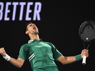Джокович вышел в 1/4 финала Открытого чемпионата Франции