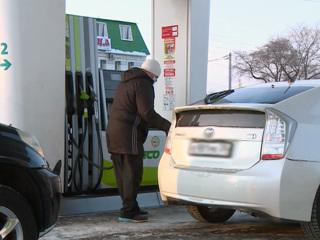 Профицит бензина в России достиг 12%, но на цене это не сказывается