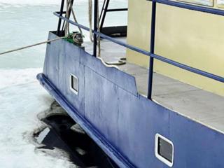 В Нижнем на Гребном канале зафиксирована утечка дизельного топлива