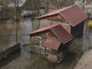 """Новости на """"России 24"""". Почти в 20 районах Саратовской области фиксируют подъем воды в реках"""