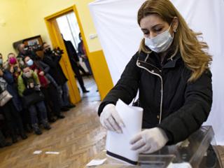 Выборы в Болгарии: побеждает коалиция ГЕРБ  СДС