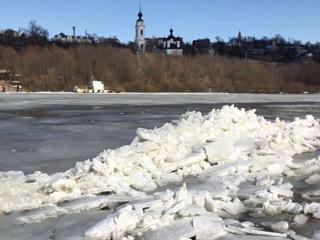 Вести в 20:00. Уровень реки поднялся на 4 метра: поселок в Калужской области ушел под воду