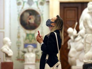 18: в скульптурах Эрмитажа усмотрели угрозу для детей