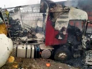 Водитель фуры сгорел заживо после лобового столкновения на трассе М-5