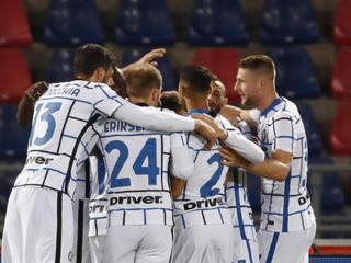 Интер одержал 11-ю победу кряду в Серии А, обыграв Кальяри