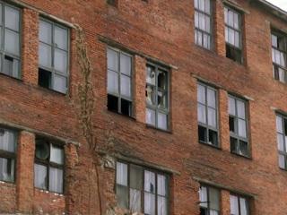 Вести. Здание в Комсомольске, где травмировался подросток, остается открытым