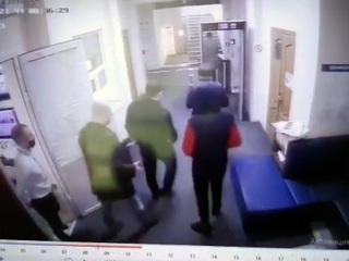 Видео из Сети. В мэрии Геленджика идет обыск. Видео