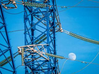Правительство сократит сроки подсоединения частных домов к электросетям