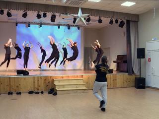 Вести. В Калуге отмечают международный День танца