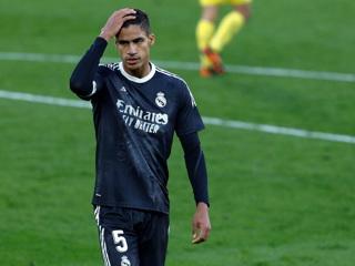 Защитник Реала Варан может продолжить карьеру в Англии