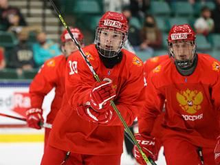 Росссийские юниоры вышли в полуфинал чемпионата мира по хоккею