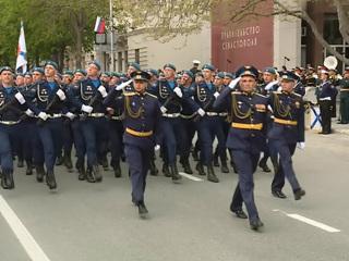 Новости на России 24. В городах проходят репетиции предстоящих парадов