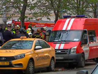 Новости на России 24. Два человека задержаны после пожара в московском отеле