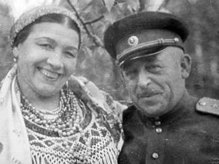 """Русланова: две батареи """"Катюш"""" для любимого и концерт как военная операция"""