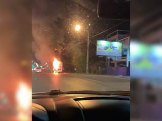 В Ростове-на-Дону во время движения загорелся пассажирский автобус