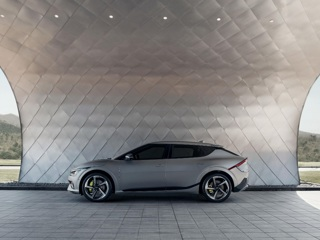 Электромобиль KIA EV6 собрал рекордное количество предзаказов в Европе
