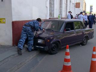 Вести в 20:00. В Москве первокурсник без прав сбил пешеходов на тротуаре