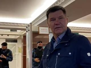 Вести. Дежурная часть. Бывший главный полицейский Тюменской области отделался за взятки штрафом