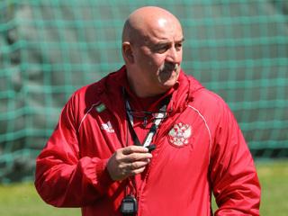 Черчесов: в матче против Бельгии нужно найти баланс