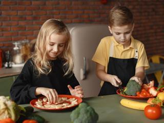 Есть или не есть: к чему приводит вегетарианство у детей