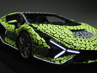 Видео из Сети. Из Lego собрали полноразмерный гиперкар Lamborghini