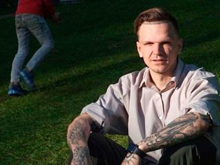 В Петербурге задержали блогера Дмитрия Ларина