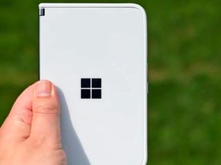Новый складной смартфон Microsoft выйдет осенью