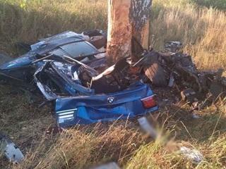 Три человека погибли в столкновении с деревом под Старым Осколом