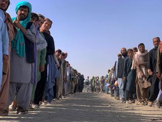 Двух афганских беженцев из США вышлют в Косово