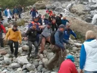 Туристы, попавшие под сход ледника в Домбае, не регистрировали маршрут